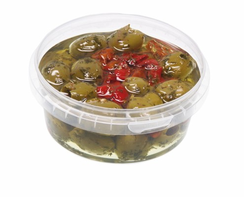 Grüne Oliven in Kräutermarinade